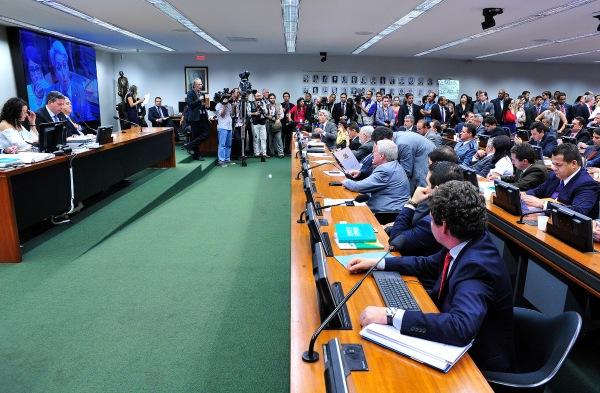 30/03/2015- Brasília- DF, Brasil- Comissão de Constituição, Justiça e Cidadania em Brasília - Reunião Extraordinária para discutir o PEC 171/93, imputabilidade penal do maior de dezesseis anos.